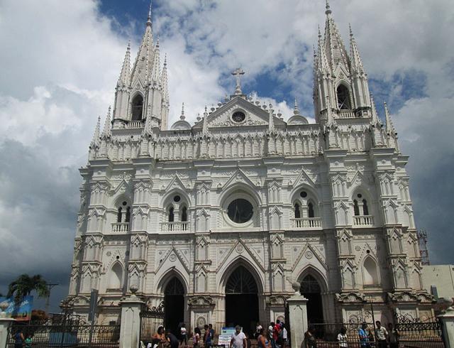 Кафедральный собор Санта-Аны