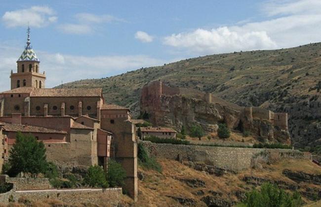 Замок Альбаррасина