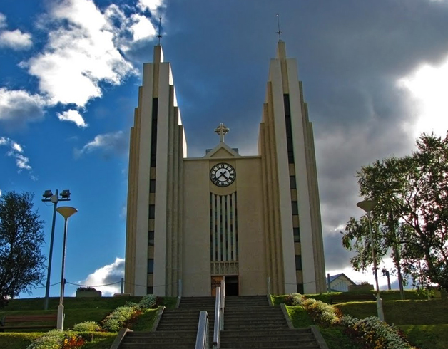 Церковь города Акюрейри