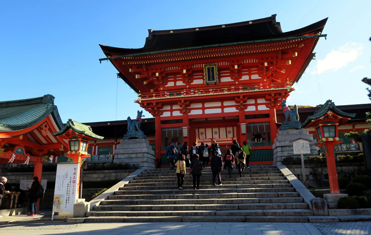 Храм Фушими Инари Таиша