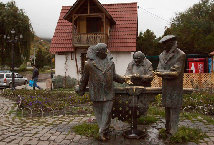 Памятник героям фильма «Мимино»