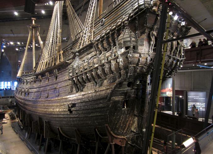 Внутри музея Ваза