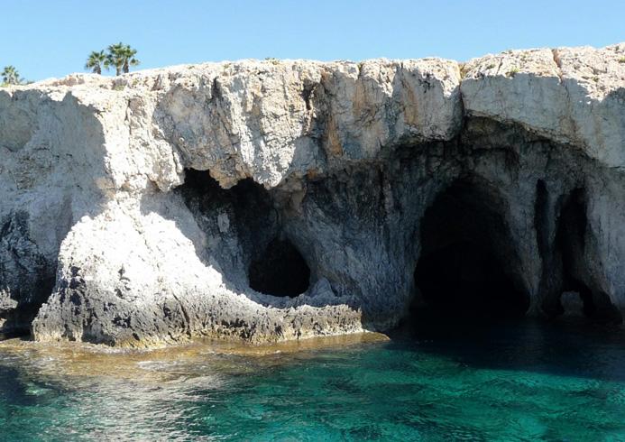 Пиратские пещеры