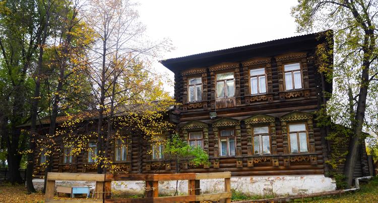 Дом Дружинина