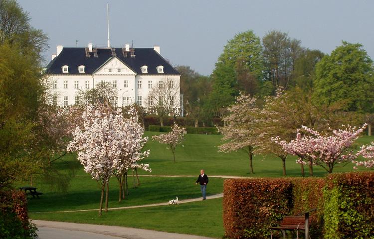 Королевский парк и дворец Марселисборг