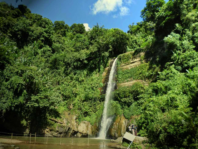 Водопад Мадхабкунда