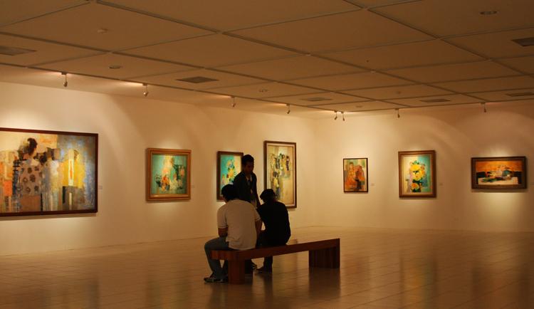 Внутри музея «Museo de Arte de El Salvador»