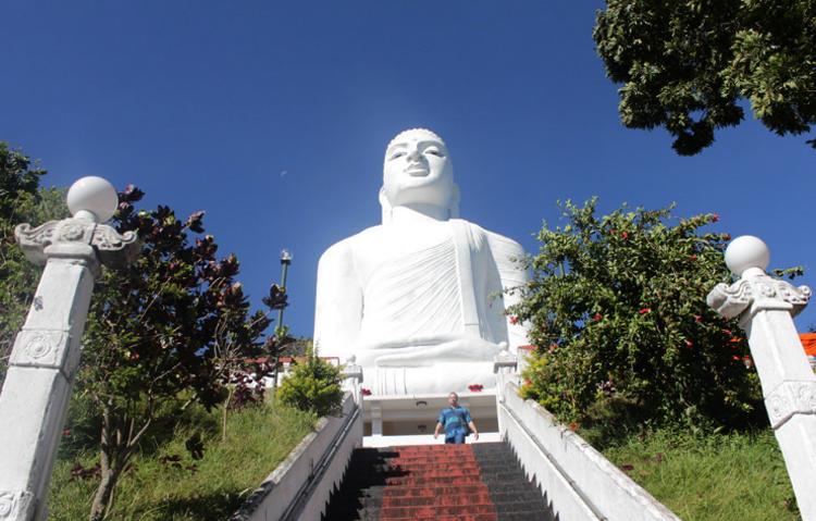 Храм Шри Маха Бодхи Вихарая