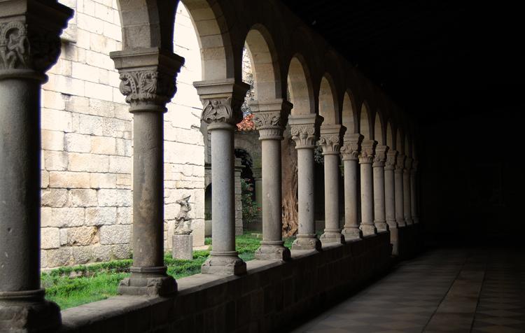 Внутри музея Альберто Сампайо