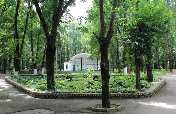 Парк аттракционов Юность в Апшеронске