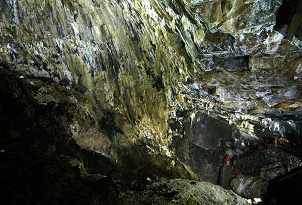 Пещера Алгар ду Карвао
