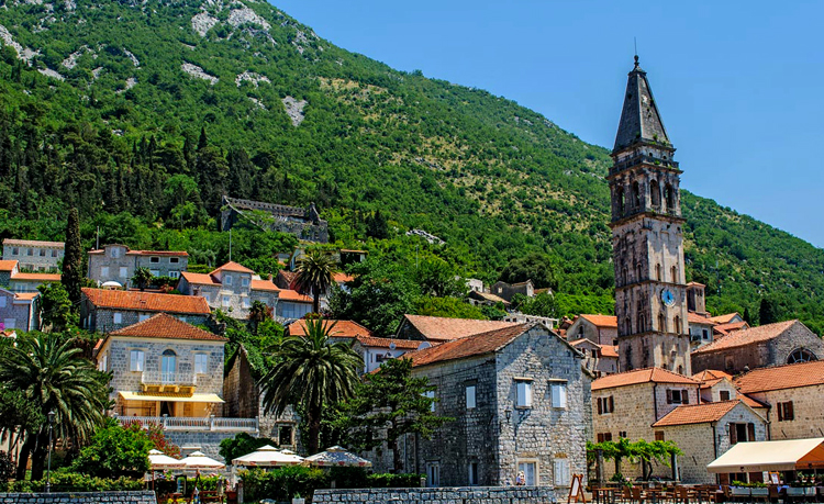 Католическая церковь святого Николы