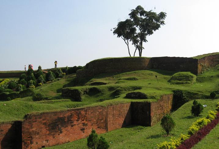 Развалины Махастхангарха