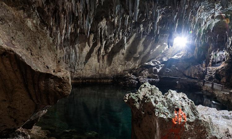 Пещера Хинагданан