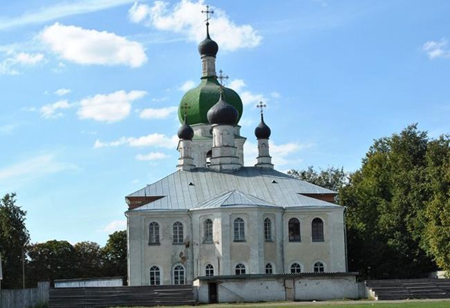 Севский Свято-Троицкиймужской епархиальный монастырь