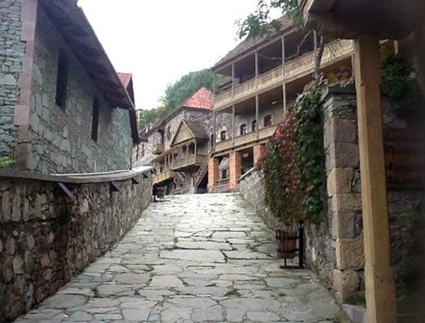 Улица ремесленников