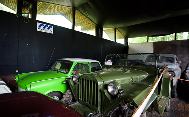 Выставка старинных автомобилей