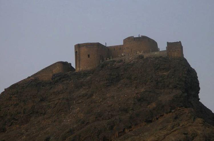 Крепость Сира