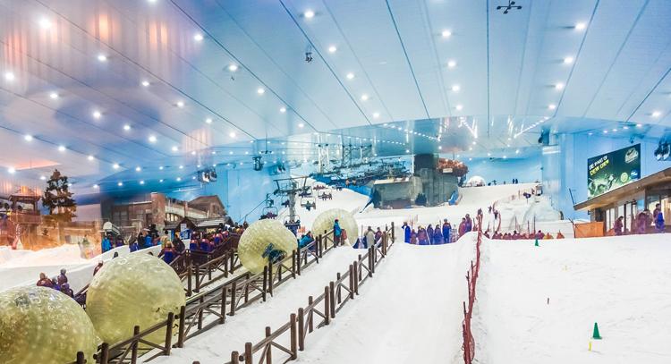 """Горнолыжный курорт """"Ski Dubai"""""""