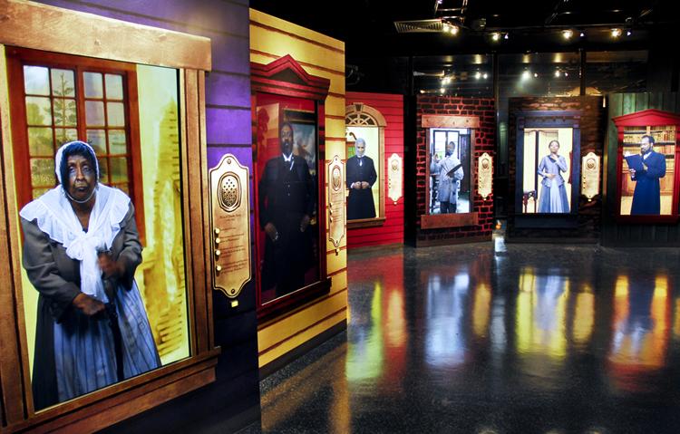 Внутри афро-американского музея