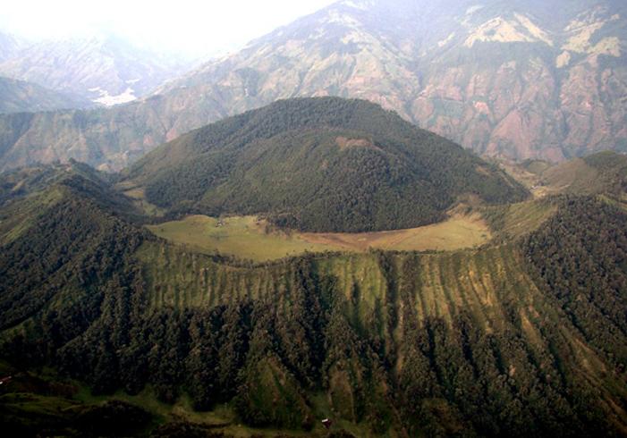 Вулкан Сьерро-Мачин