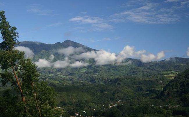 Вулкан Бару