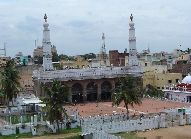 Большая мечеть или Wallajah