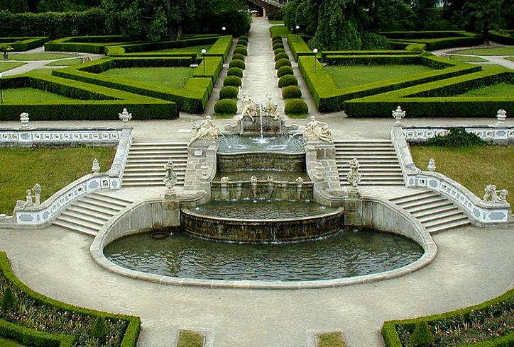 Каскадный фонтан в Чешски-Крумлове
