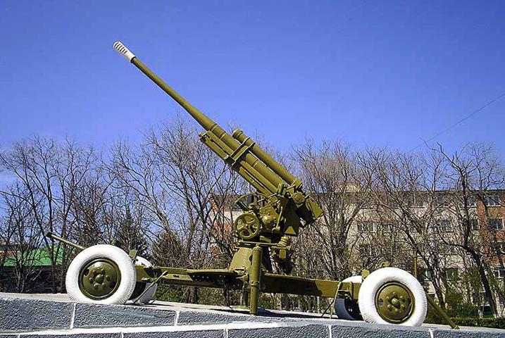 Памятник 85 – миллиметровой зенитной пушке