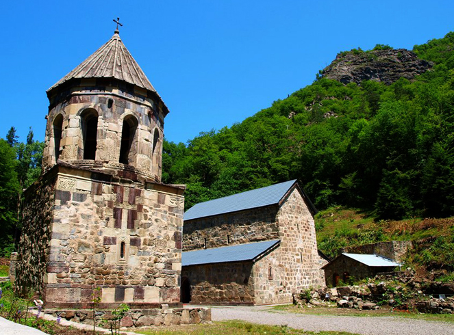 Зеленый монастырь