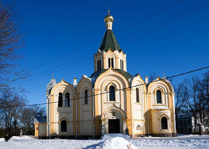 Церковь Петра и Павла в Любани