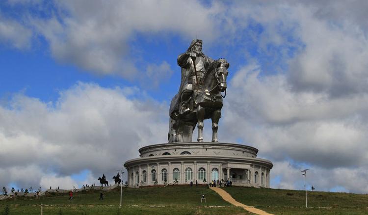 Монумент Чингисхану