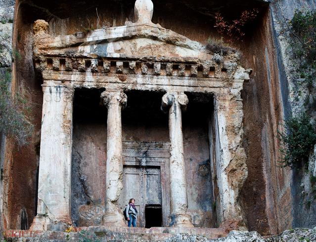 Гробница Аминты
