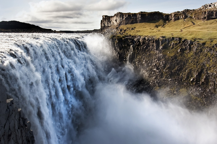 Водопад Деттифосс