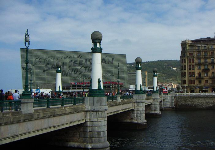 Мост Kursaal