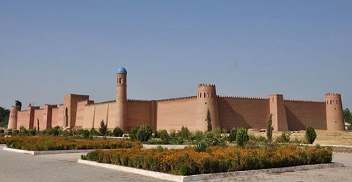 Крепость Хулбук