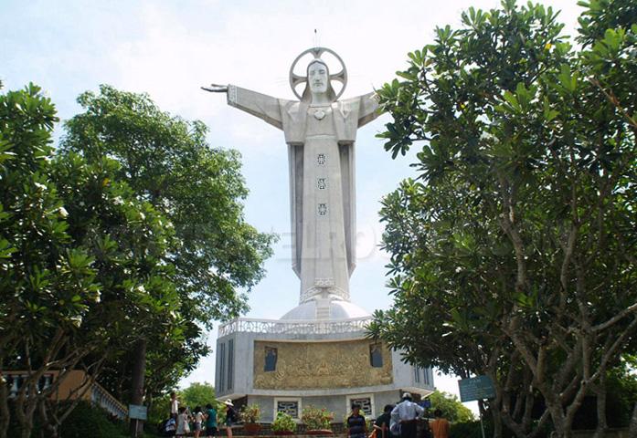 Статуя Иисуса Христа