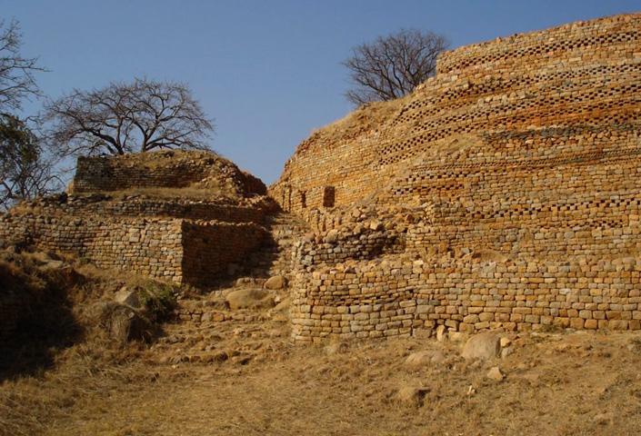 Руины «Кхами»