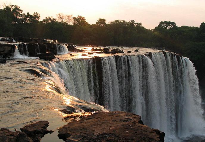 Водопад Лумангве