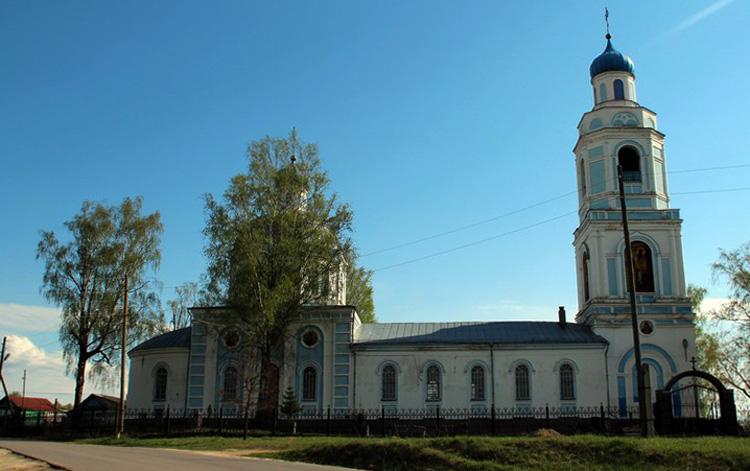 Церковь в Саконах