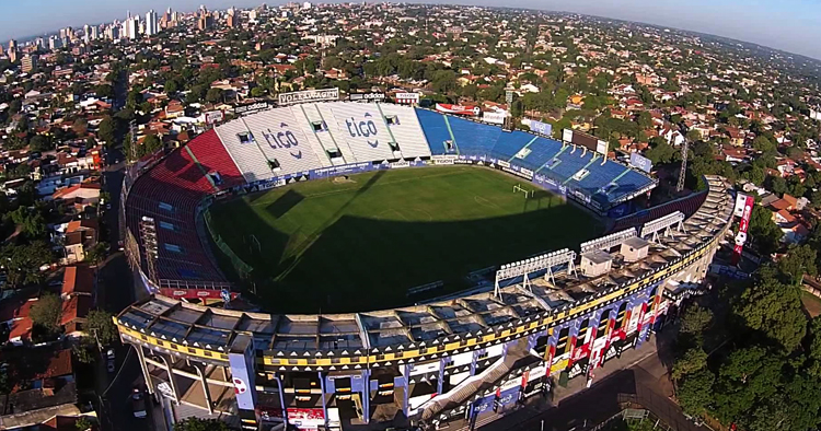 """Стадион """"Дефенсорес дель Чако"""""""