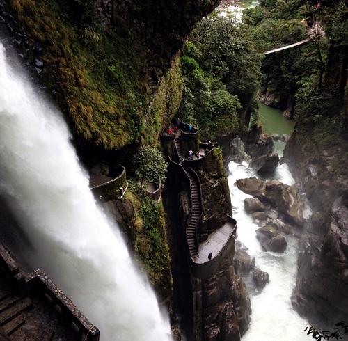 Водопад «Котёл Дьявола»