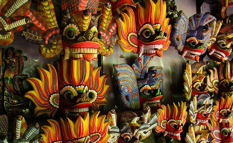 Музеи деревянных масок в Амбалангоде