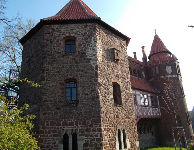 Музей Отто-фон-Герике в Лукасклусе