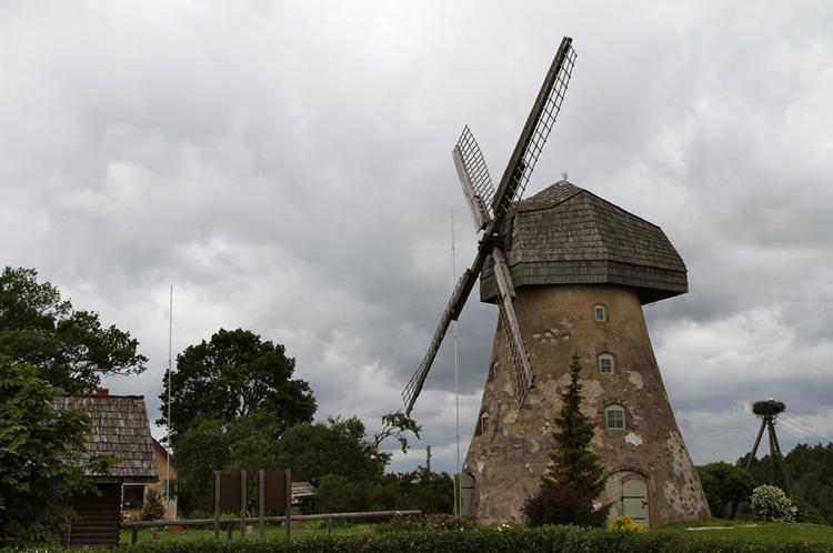 Ветряная мельница Драбешского поместья