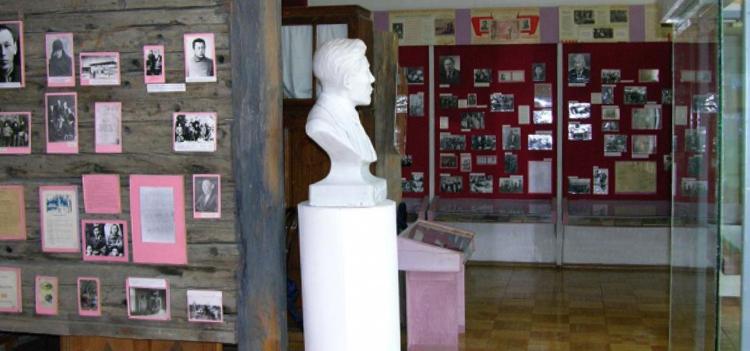 Внутри музея им. П.А. Ойунского