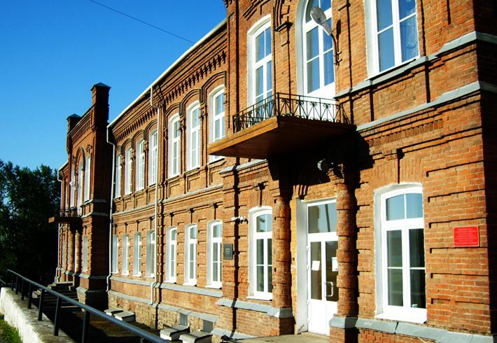 Зданиеженской гимназии