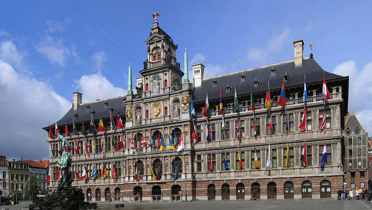 Городская ратуша Антверпена