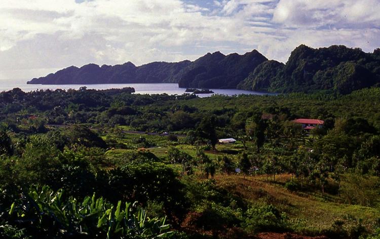Остров Бабелтуа́п