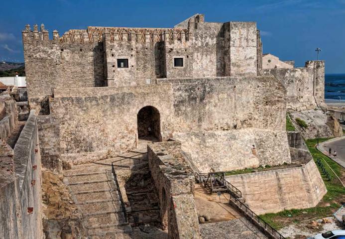 Замок Гусман Эль-Буено
